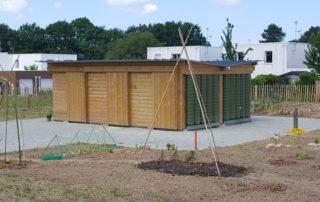 Abris de jardin récupérateur d'eau de pluie ecoleaumur pour jardin familiaux